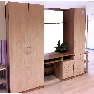 Junior szekrénysor (méret: 200x225x53, 135.700,-Ft)